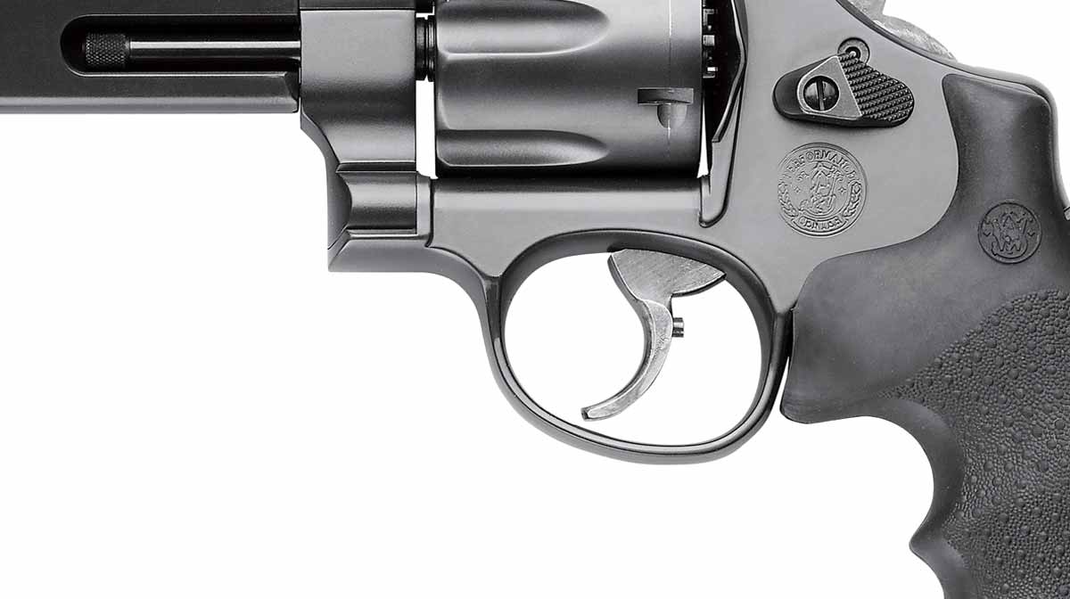 trigger detail photo of the Stealth Hunter revolver