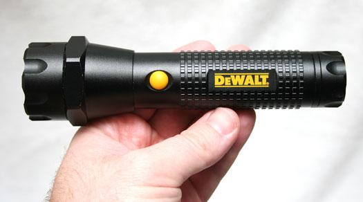 DeWalt DPGA-3AAA LED flashlight review