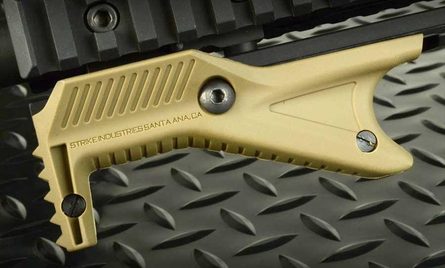 Strike Industries Cobra Grip