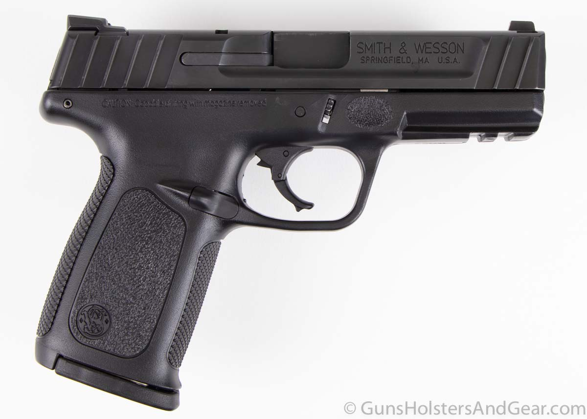 Review of the Smith Wesson SD40 pistol