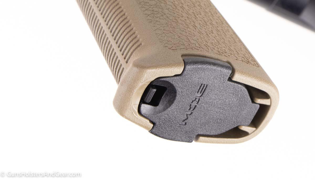 Magpul MOE pistol grip on PSA rifle