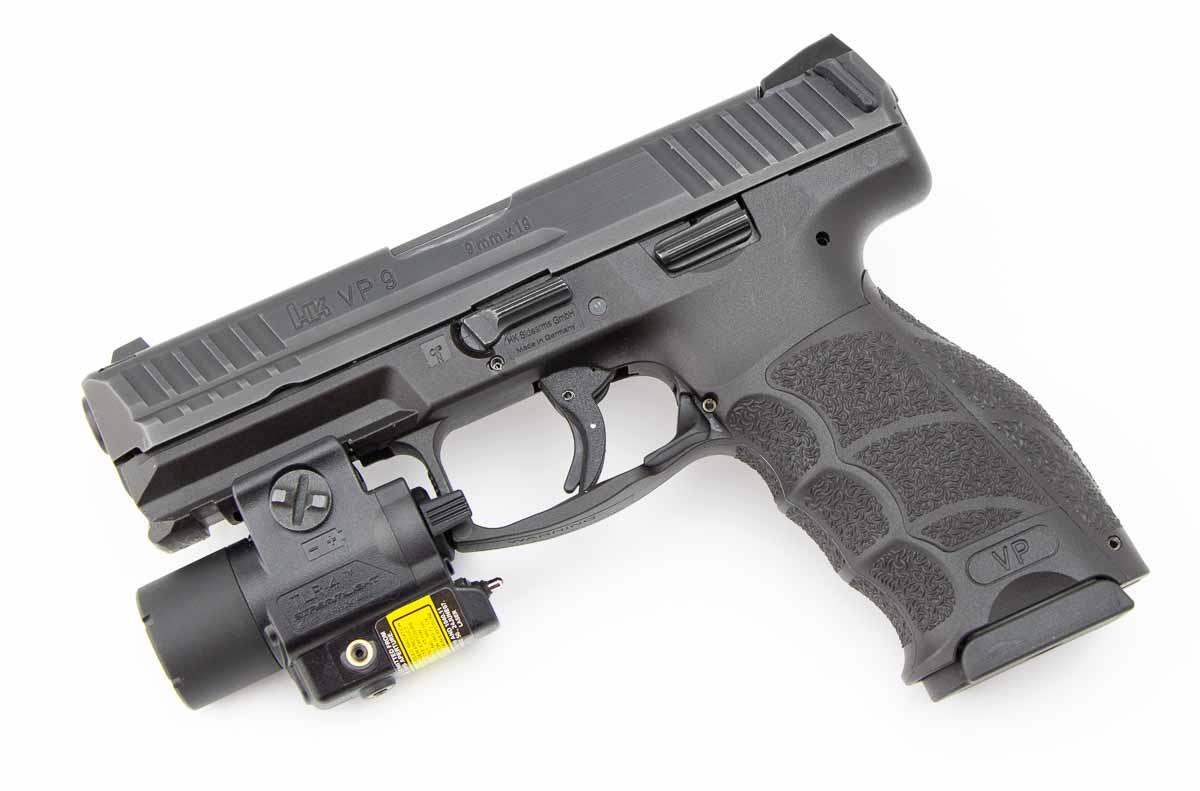 HK VP9 with a TLR-4 light
