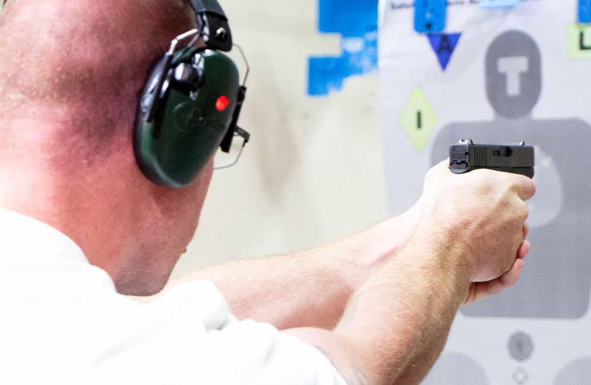Glock 43 vs SIG P290