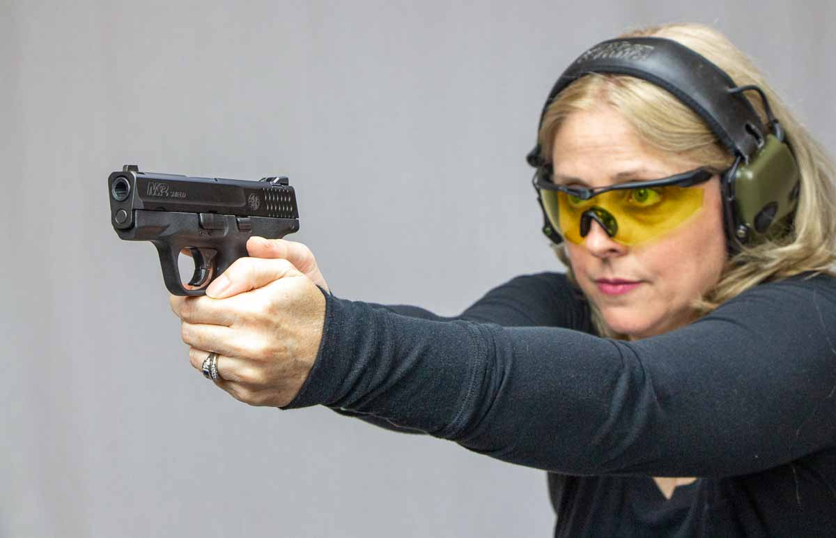 evaluating the SW shield 9mm on the range