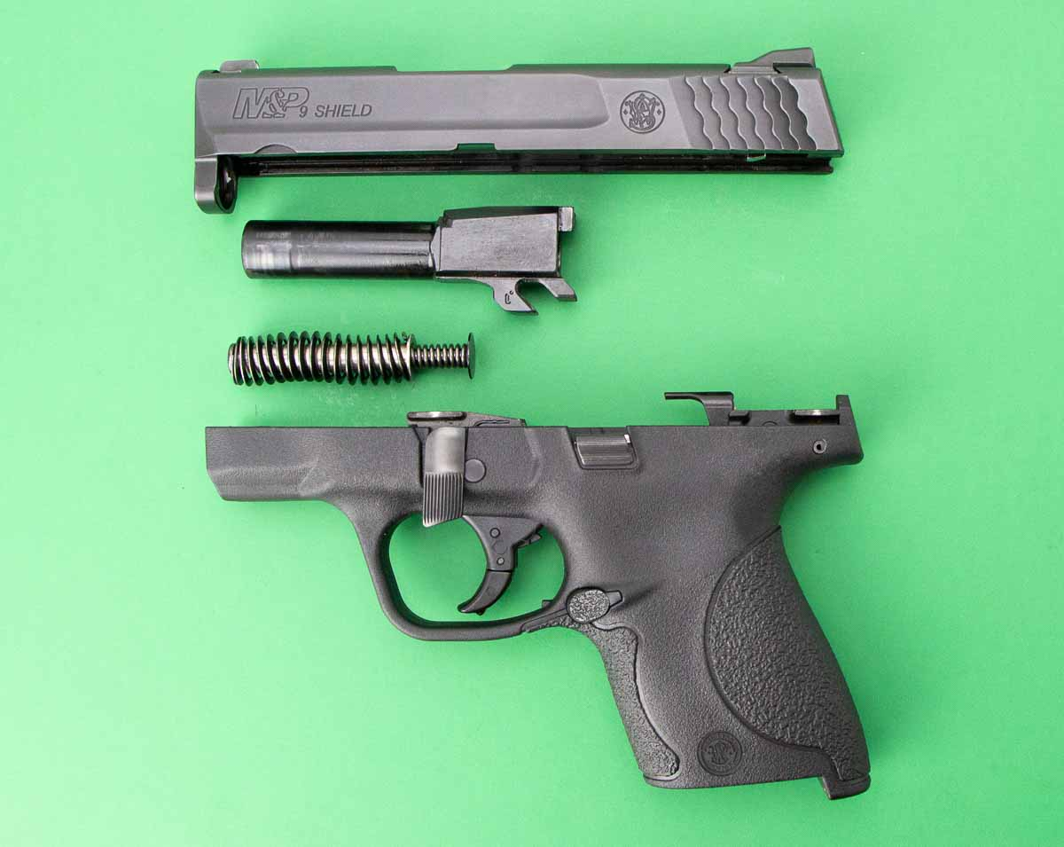 field stripping the smith wesson shield