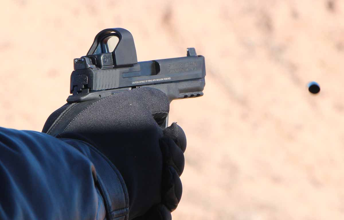 man shooting the Smith Wesson MP CORE at the range with RMR