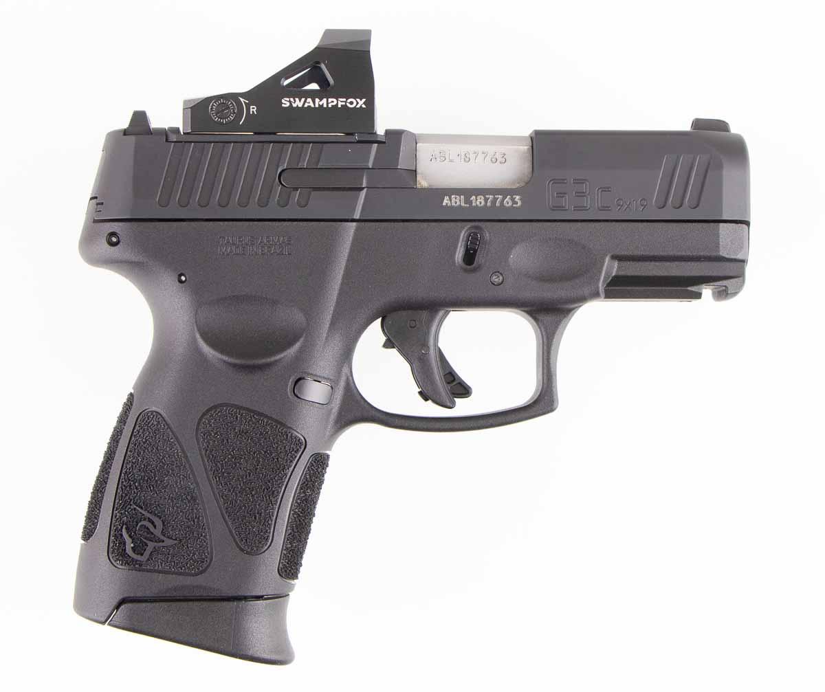 Taurus pistol with Swampfox Liberty mounted