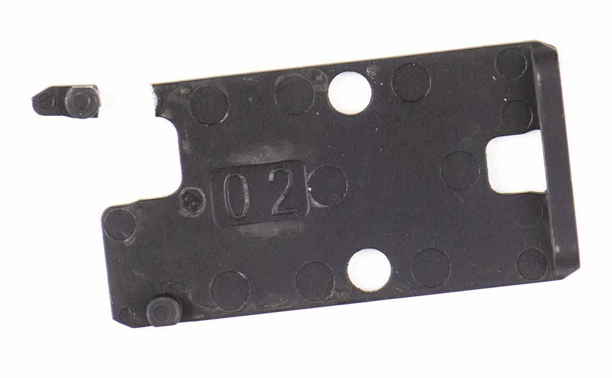 broken taurus optic plate