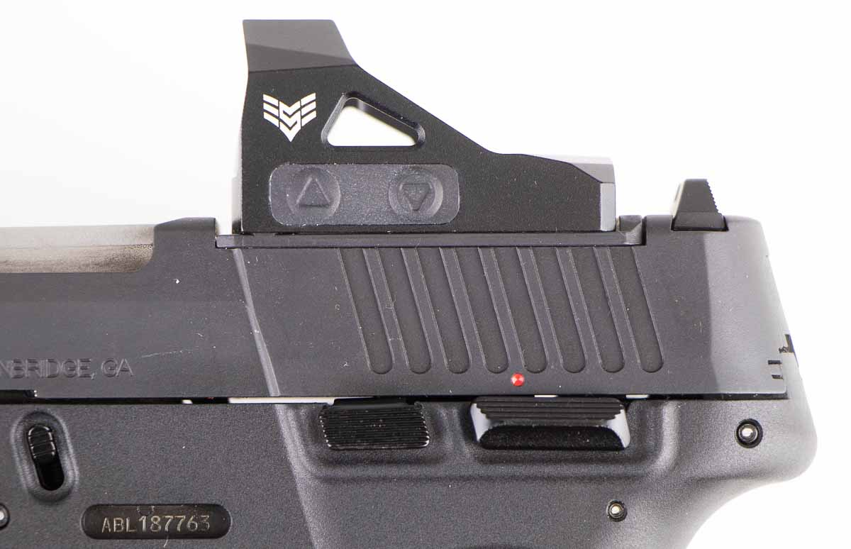 red dot sight mounted on the Taurus G3c